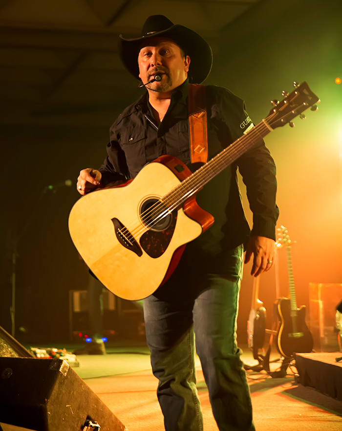 Country Legends (photos by Maureen Stewart, K&M Photography)