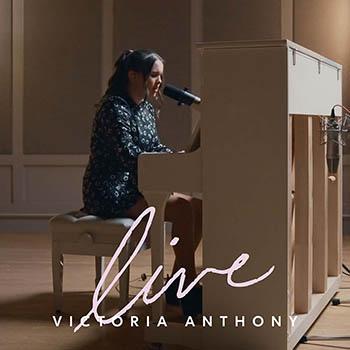 Victoria_Anthony_Live